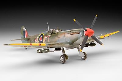 Supermarine Spitfire XVI - Wojtek Matusiak - Polish Wings 16 - Superb Title!
