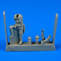 U.S.A.F. Fighter Pilot WWII - 8th Army (European Battlefields) Figurines - Image 1