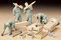 German Tank Ammo-Loading Crew Set - Image 1