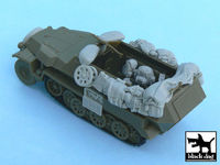 Sd.Kfz. 251/1 Ausf.C accessories set for AFV Club AF48007, 27 resin parts