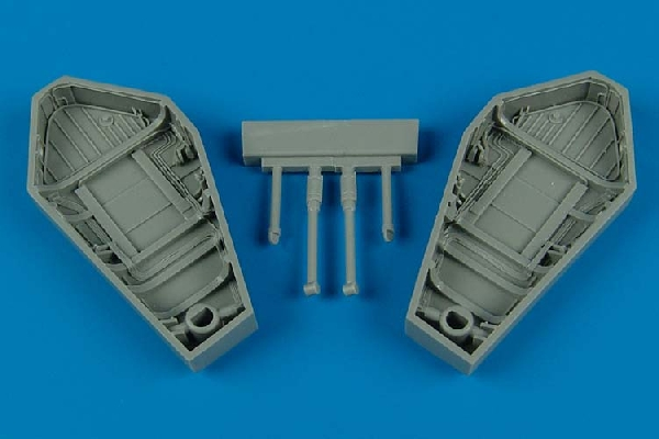 Wyvern Main wheel bay Trumpeter - Image 1