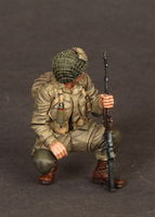 U.S.Airborne BAR Gunner and Airborne on rest 2 figures - Image 1