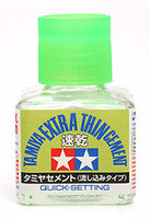 Klej Extra Thin 40 ml - szybkoschnący (Tamiya Extra Thin Cement (Quick-Setting) - Image 1