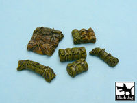 Tentage + bedrolls #4 accessories set 24 resin parts - Image 1