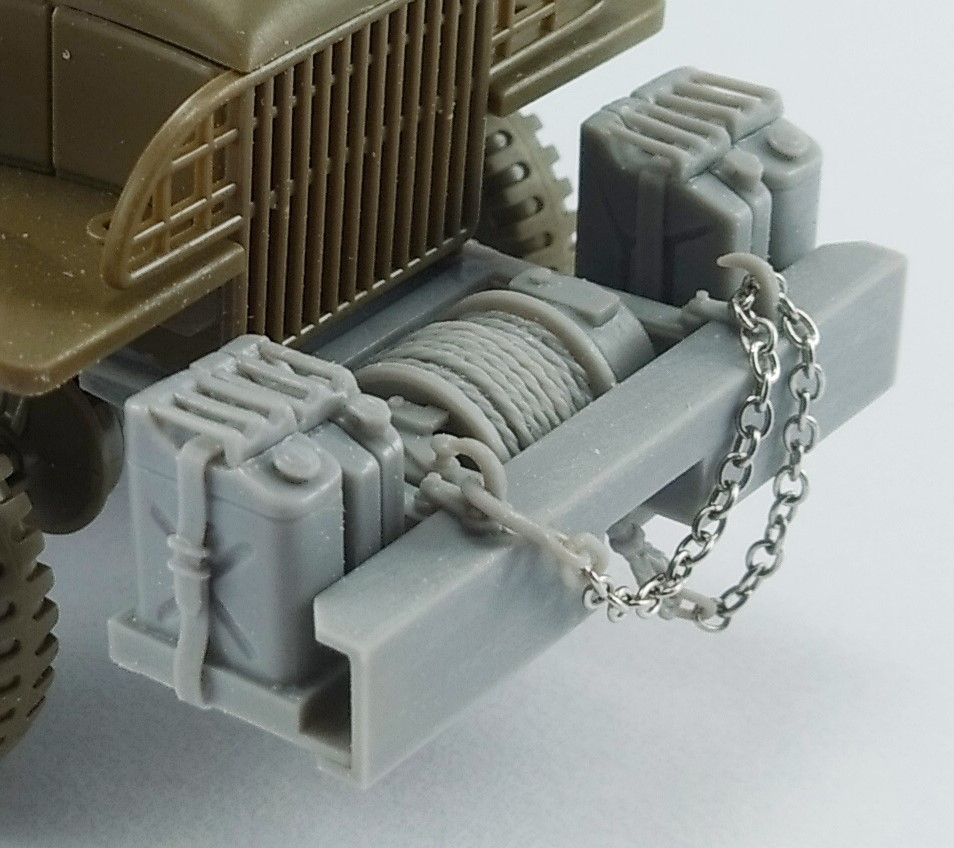 GMC CCKW 2,5t 6x6 (front bumper, aditional canisters and winch) for Tamiya - Image 1