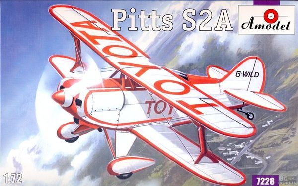 Pitts S2A Aerobatic Team Biplane - Image 1
